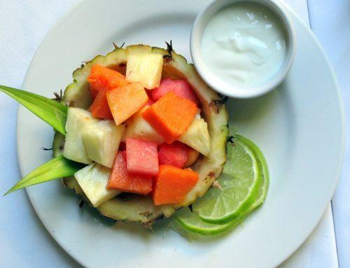 ארוחת בוקר מקסיקנית של פירות